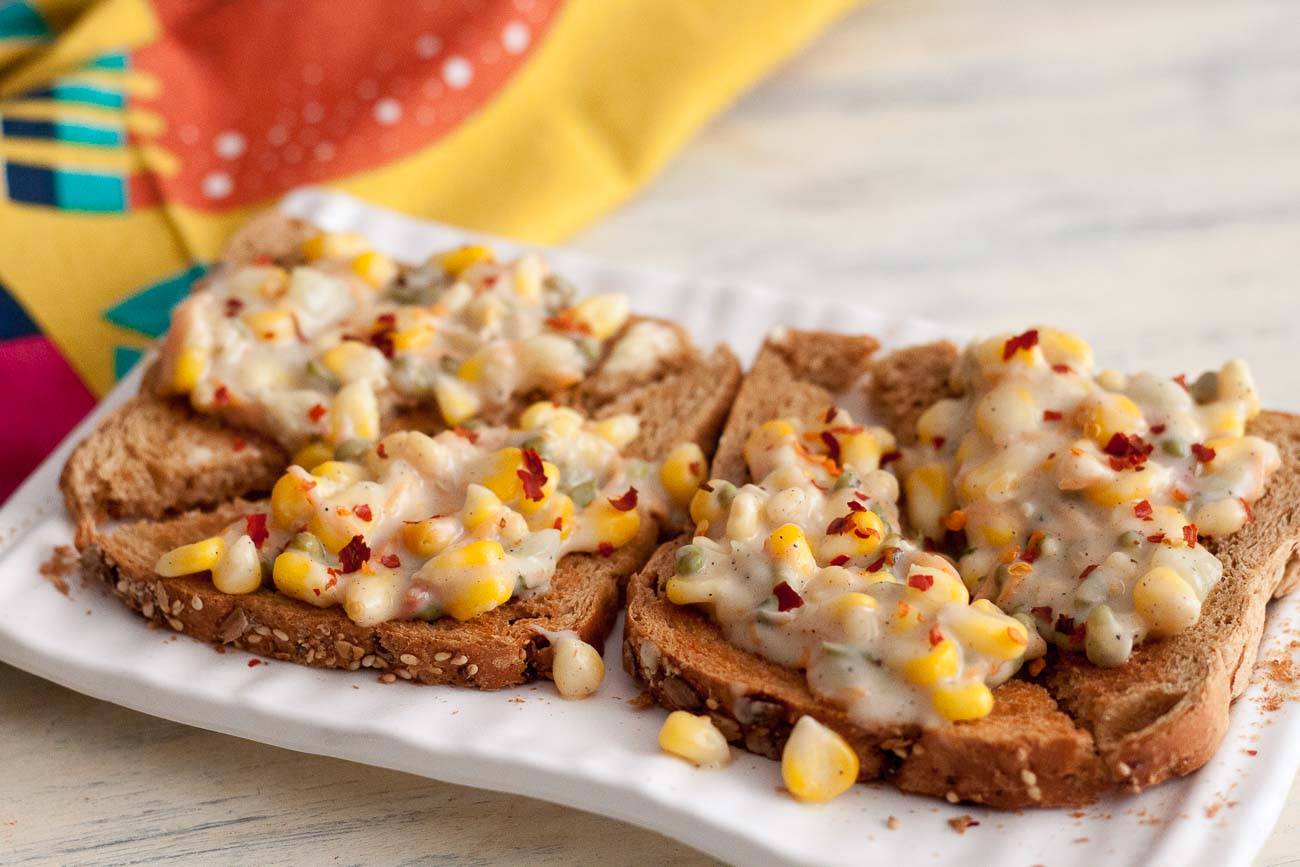 Corn Toast Recipe With Moong Sprouts & Vegetables