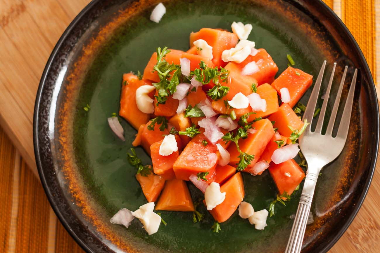 Papaya Parsley Salad with Cheese Recipe