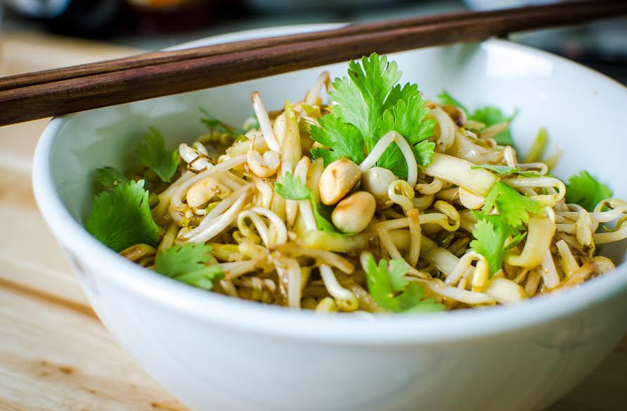 Thai Style Beansprouts & Raw Mango Salad Recipe