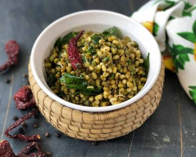 Pachai Payaru Poriyal Recipe- Green Moong Sprout Poriyal