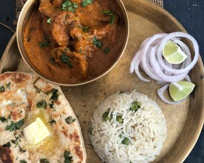Make This Mouth Watering Meal Of Bhune Pyaz Ka Gosht, Naan & Pulao For A Weekend Lunch