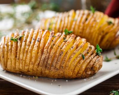 Delicious Herbed Hasselback Potatoes Recipe