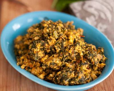 Palak Paneer Bhurji Recipe (Spiced Cottage Cheese Scramble With Spinach Recipe)