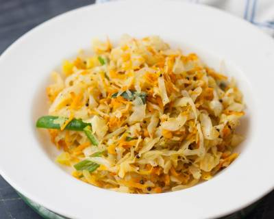 Cabbage And Carrot Poriyal Recipe - No Onion And Garlic