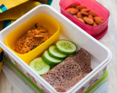 Kids Lunch Box Ideas: Ragi Oatmeal Dosa With Allam Chutney & Almonds