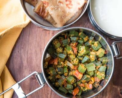Kids Lunch Box Ideas: Bhindi Tamatar Ki Sabzi, Tawa Paratha & Curd