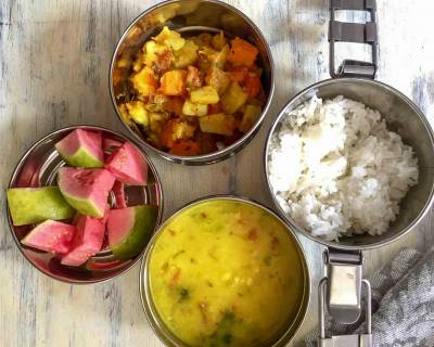 Lunch Box Ideas : Carrot Aloo Subzi, Cholar Dal, Steamed Rice & Fruits