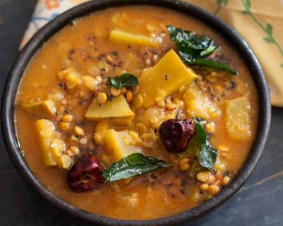 Manjal Poosanikai Sambar Recipe (Yellow Pumpkin in Toor Dal Recipe)