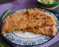 Cheesy Aloo Paratha Recipe