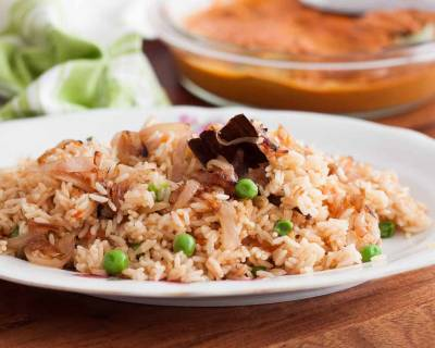 Matar Ki Tehri Recipe - Fragrant rice cooked with spices and fresh peas