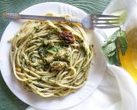 Creamy Chicken Pesto Spaghetti Pasta Recipe