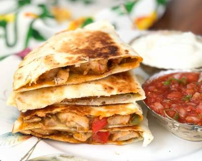 Chilli Chicken Cheese Quesadilla Recipe