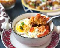 Baked Egg With Quinoa & Tomato Sauce Recipe