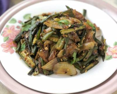 Pyaz Wali Bhindi/Bhindi Do Pyaza Recipe - Okra Onion Stir Fry