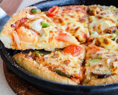 Homemade Pan Pizza With Perfectly Crispy Crust Recipe