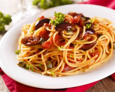 Sun Dried Tomato Olive Pasta In Fresh Tomato Sauce Recipe