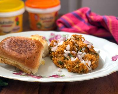 Paneer Pav Bhaji Recipe - Wholesome Weeknight Dinner