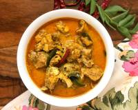 Sri Lankan Chicken Curry Recipe - Kukul Mas Curry