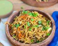 Cheesy Chinese Bhel Recipe