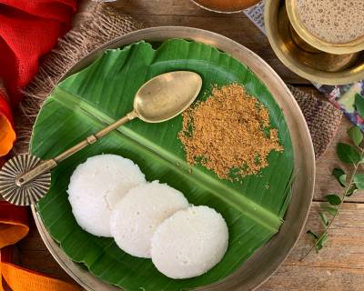 Homemade Soft Idli Recipe - Steamed Rice and Lentil Cake