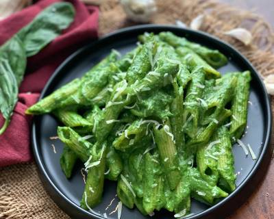 Pasta In Spinach Basil Sauce Recipe