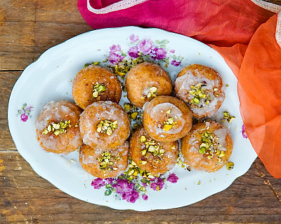 Badusha Recipe | Balushahi Recipe - Sweet Indian Doughnut