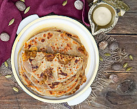 Puran Poli Recipe | Gujarati & Maharastrian | Sweet Spiced Stuffed Paratha With Jaggery