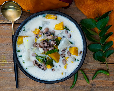 Kerala Olan Recipe with Pumpkin and Black Eyed Beans - Coconut Milk Vegetable Stew