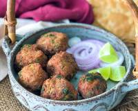 Mutton Kola Urundai Recipe - Chettinad Mutton Keema Balls