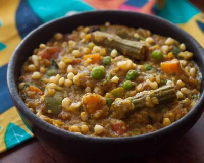 Bisi Bele Bath Recipe - A Spicy Mixed Vegetable Sambar Rice