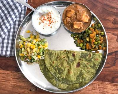 Everyday Meal Plate :Carrot Matar Sabzi, Paneer Gassi, Palak Paratha and Sweet Corn Sundal