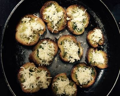 Italian Classic Bread With Cheese And Herbs