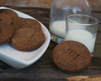 Eggless Ragi & Whole Wheat Crisp Biscuits Recipe