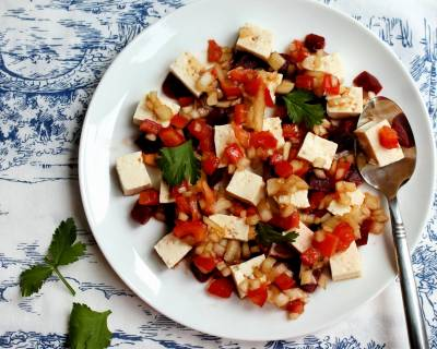 Sweet And Spicy Tofu Salad With Beetroot Recipe