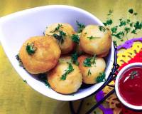 Bread Batata Vada Recipe (Crispy Bread Bonda Stuffed With Spicy Aloo)