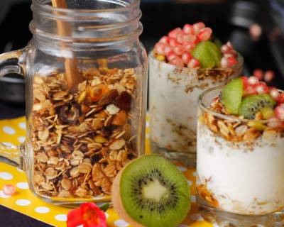 8 Ingredient Sugar Free Granola Parfait Recipe