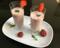 Strawberry Yogurt Lassi Recipe