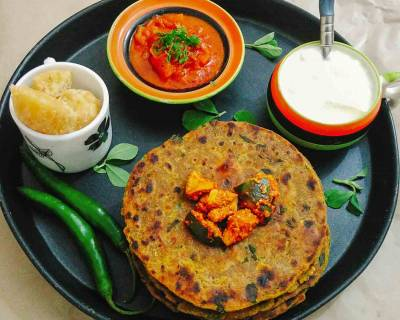 Gujarati Methi Na Dhebra Recipe