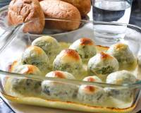 Spinach And Ricotta Dumplings Recipe In Cheese Sauce