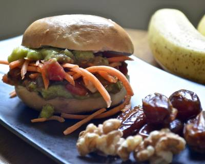 Breakfast Bagel Sandwich Recipe With Guacamole & Vegetables