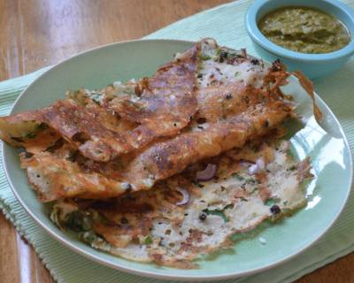 Onion Rava Dosa Recipe (Spiced Semolina Crepe)