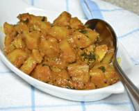 Potato Vindaloo Recipe (Spicy Goan Potato Curry)