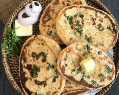 Chilli Cheese Stuffed Kulcha Recipe