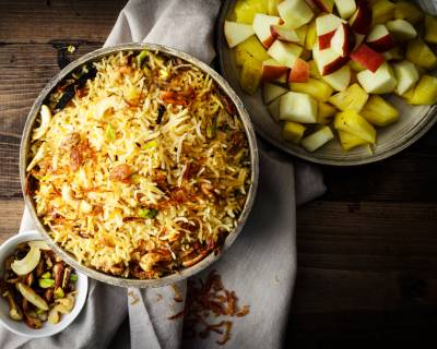 Kashmiri Pulao Recipe - Pulao Spiced With Saffron, Whole Spices & Nuts