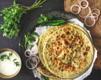 Matar Paneer Kulcha Recipe -Cottage Cheese And Peas Stuffed Leavened Flat Bread