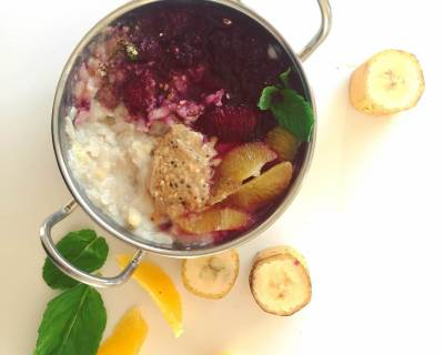 Avalakki Porridge In Warm Spiced Berries Recipe