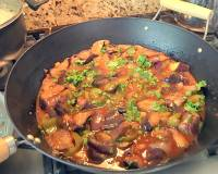 Spicy Eggplant & Capsicum Curry (Indo-Chinese Fusion Recipe)