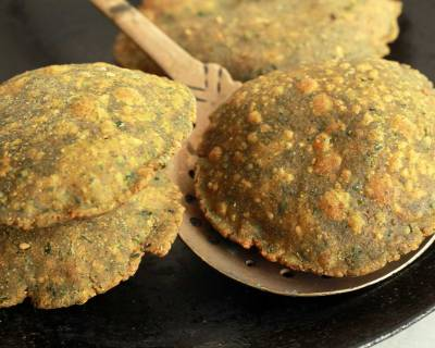 Methi Bajra Poori Recipe