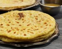 Dry Fruits Meetha Paneer Paratha Recipe