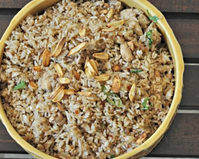 बर्न्ट गार्लिक चिकन फ्राइड राइस रेसिपी - Burnt Garlic Chicken Fried Rice Recipe